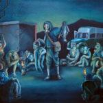 Quadro un uomo con la maschera antigas minaccia tutte le scimmie che circondandolo ascoltano impaurite, un furgone e una casa distrutta in lontananza